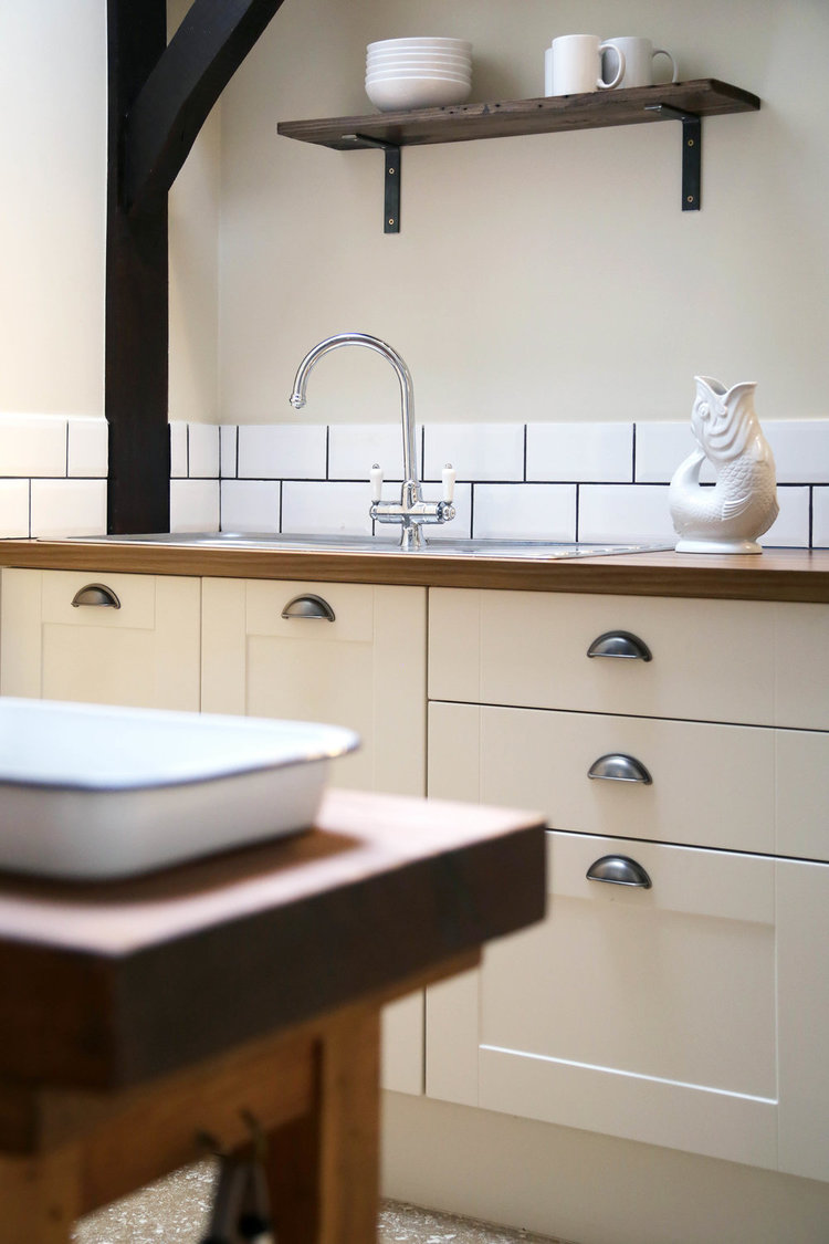 alex foster photographer new house farm east sussex etchingham lodge kitchen.jpg