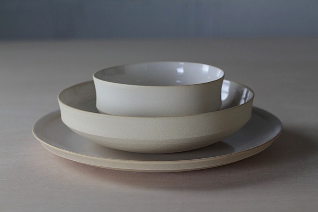 Ceramic tableware serving bowl set by Lilith Rockett, Portland, Oregon