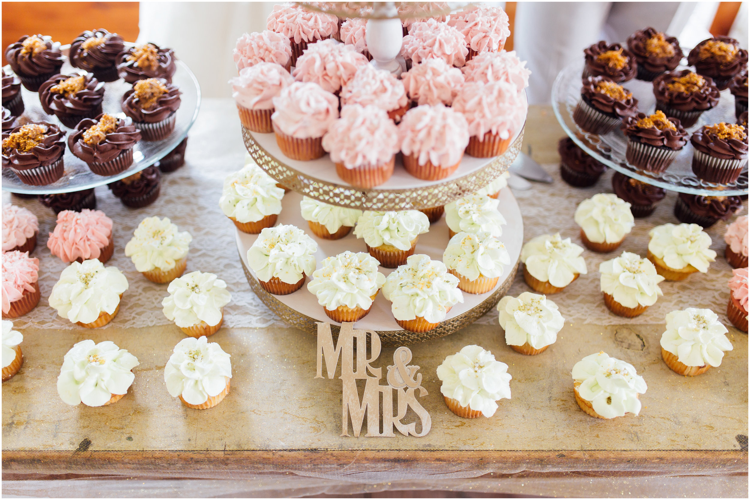 Wedding cupcakes in Vermont