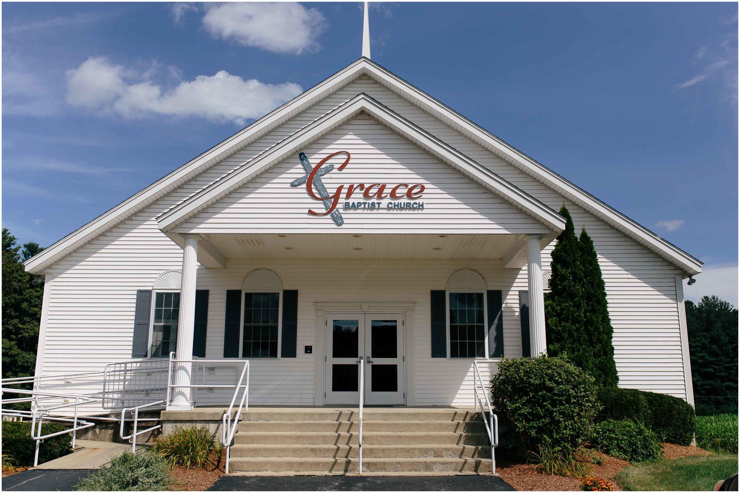Cozy Country Church Wedding in Pepperell, Massachusetts Grace Baptist Church
