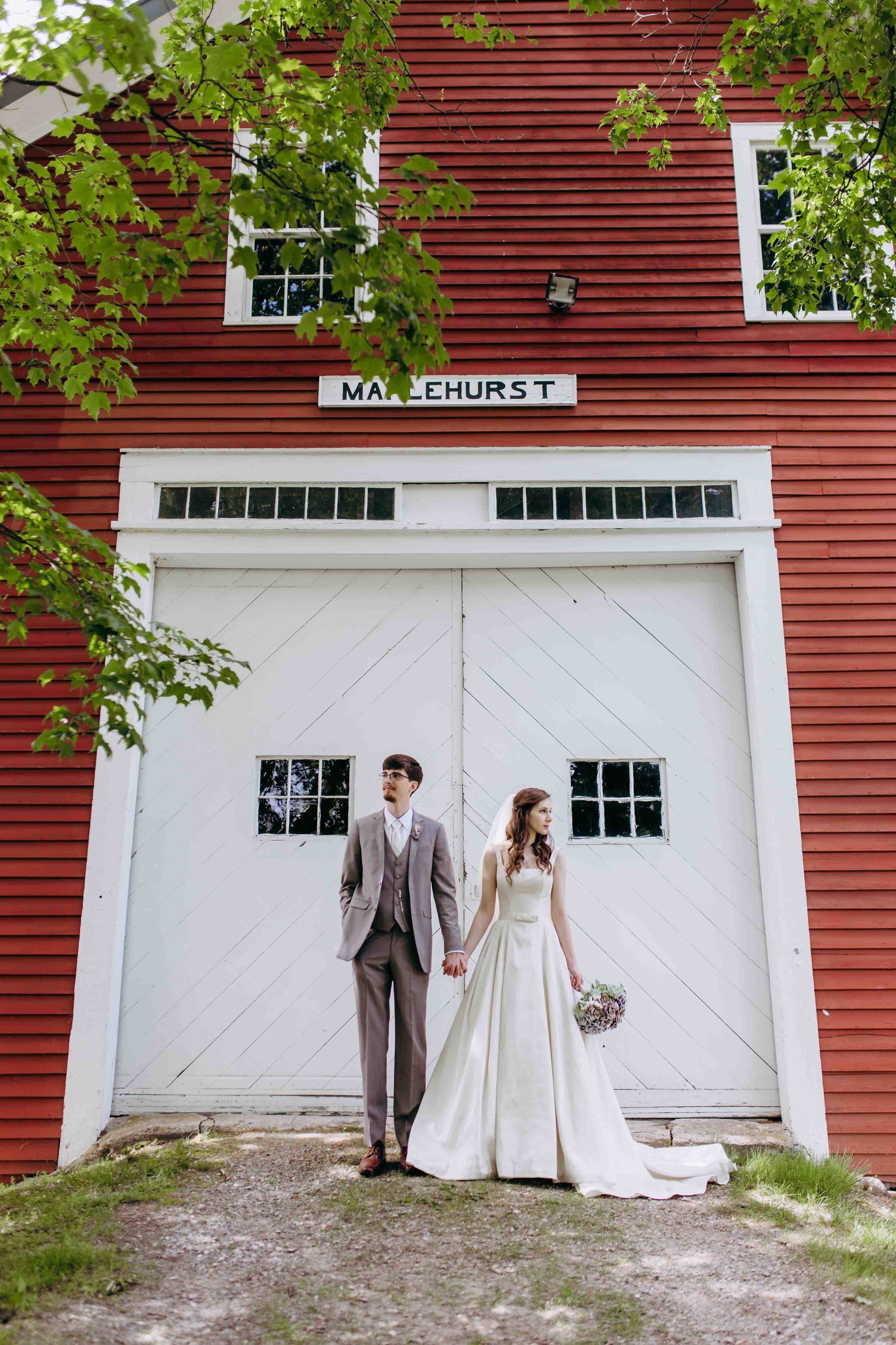 NH Wedding Photographer, NH Wedding Photography at Maplehurst Barn in Hollis, NH