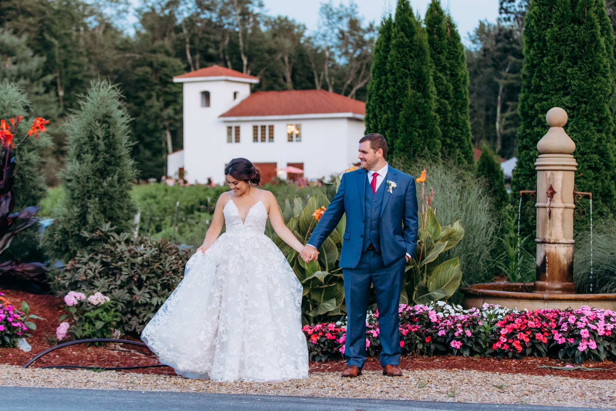 Ashleigh Laureen Photography, NH wedding photographer, New Hampshire wedding photographer, New England wedding photographer, wedding photographer NH, Fulchino Vineyard