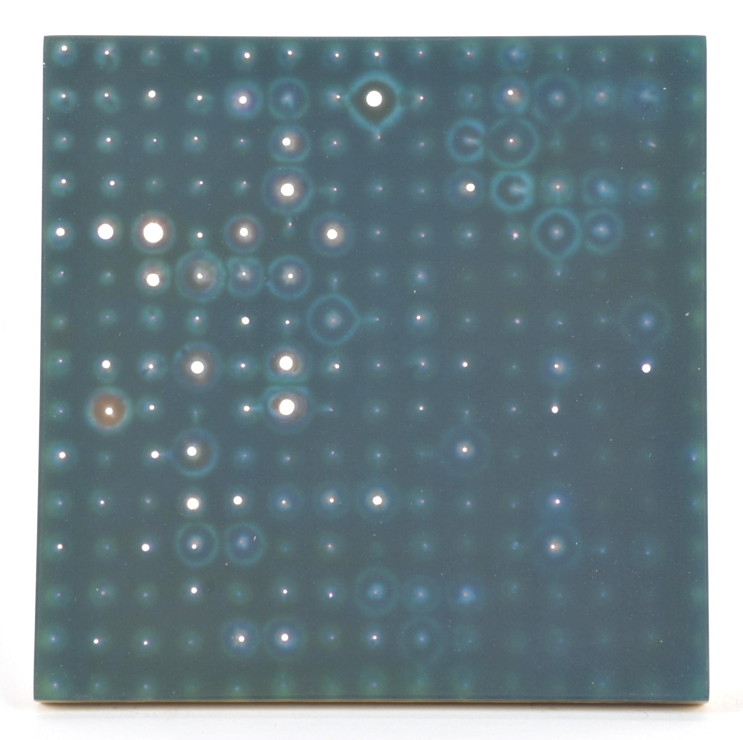 Tom DeGroot     909  ,  2010  Plaster and resin