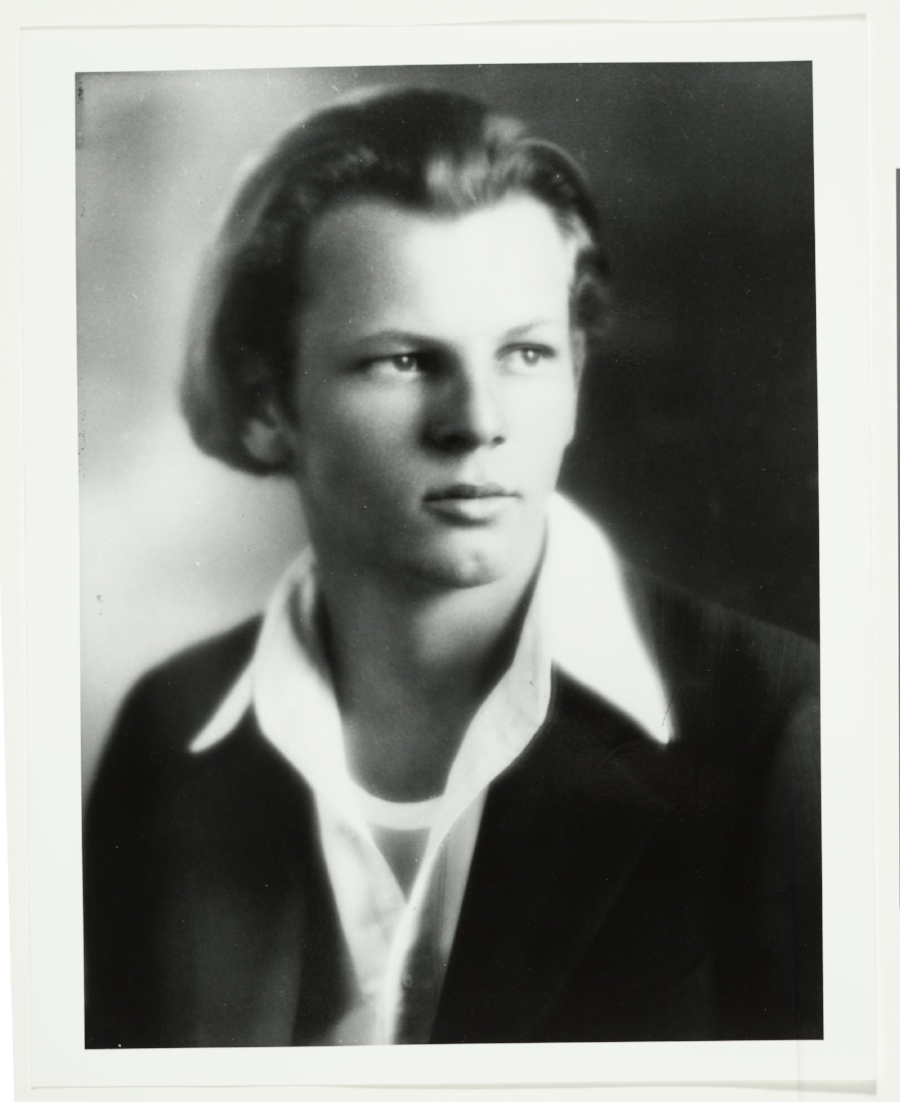 Jackson Pollock, 1928 / unidentified photographer. Jackson Pollock and Lee Krasner papers, circa 1905-1984. Archives of American Art, Smithsonian Institution.