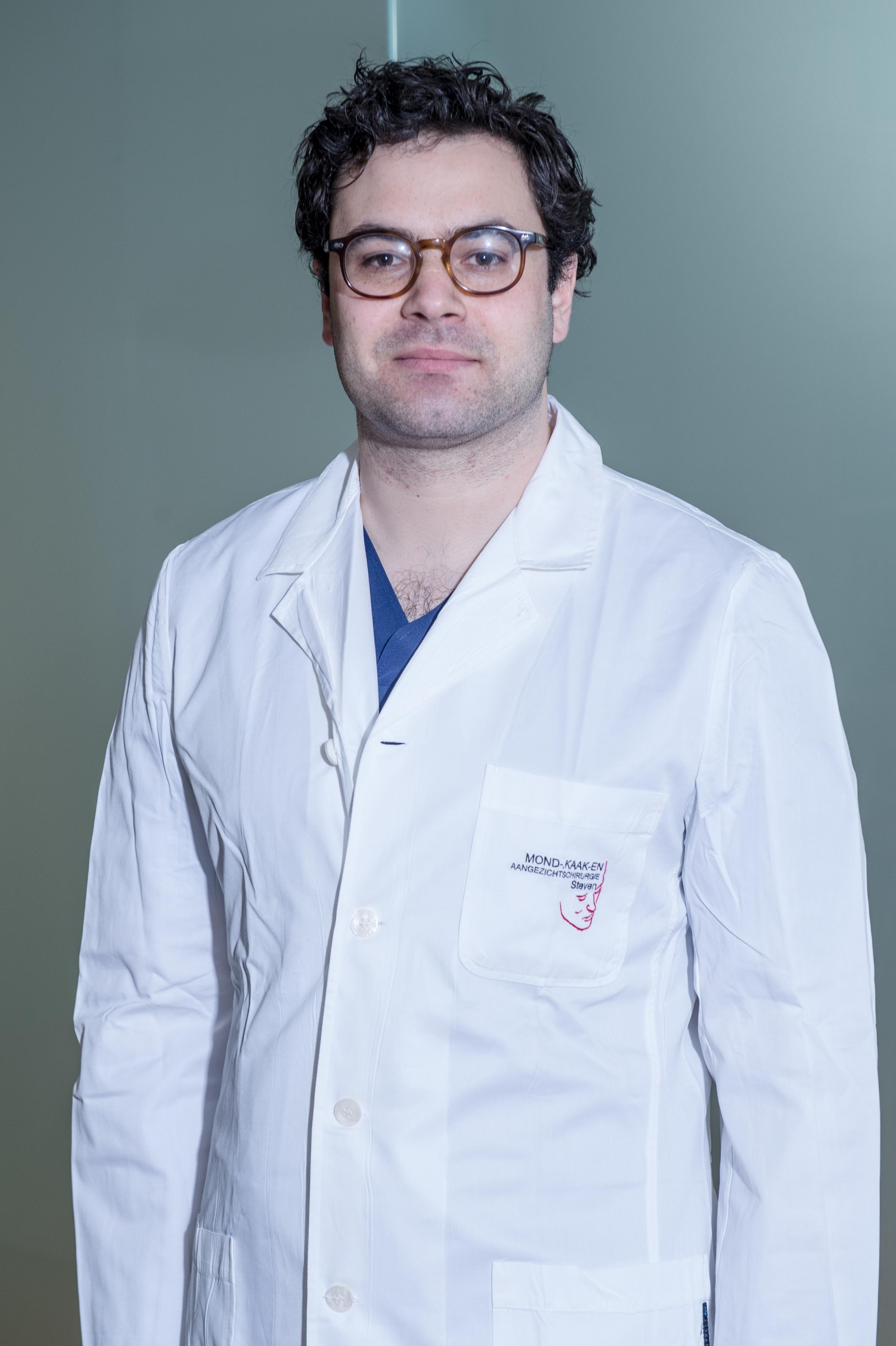 Dr Stevens