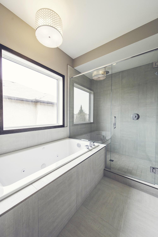 145_marine_drive_MLS_HID785469_ROOMmasterbathroom-SM.jpg