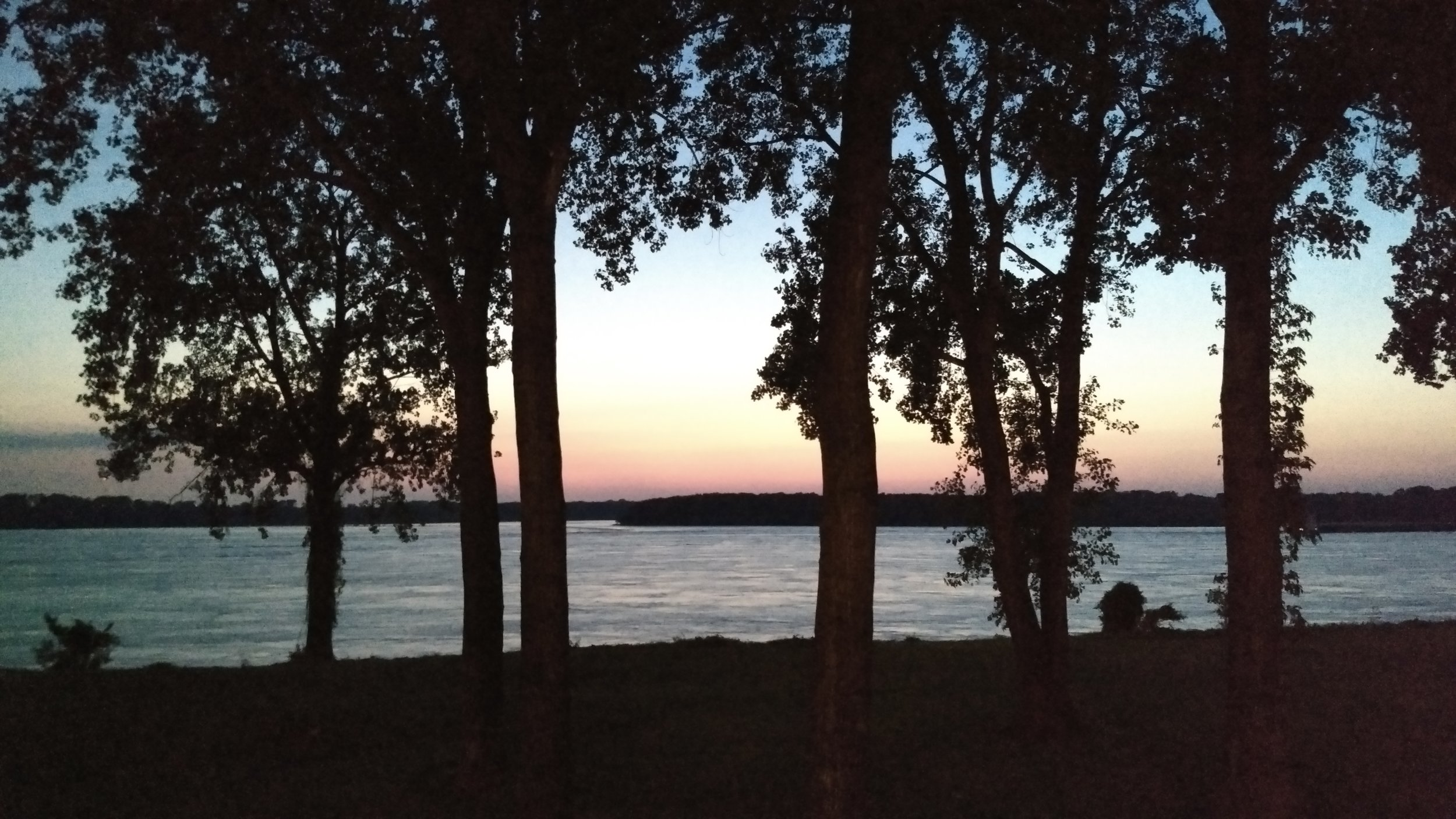 On the banks of the Mississippi