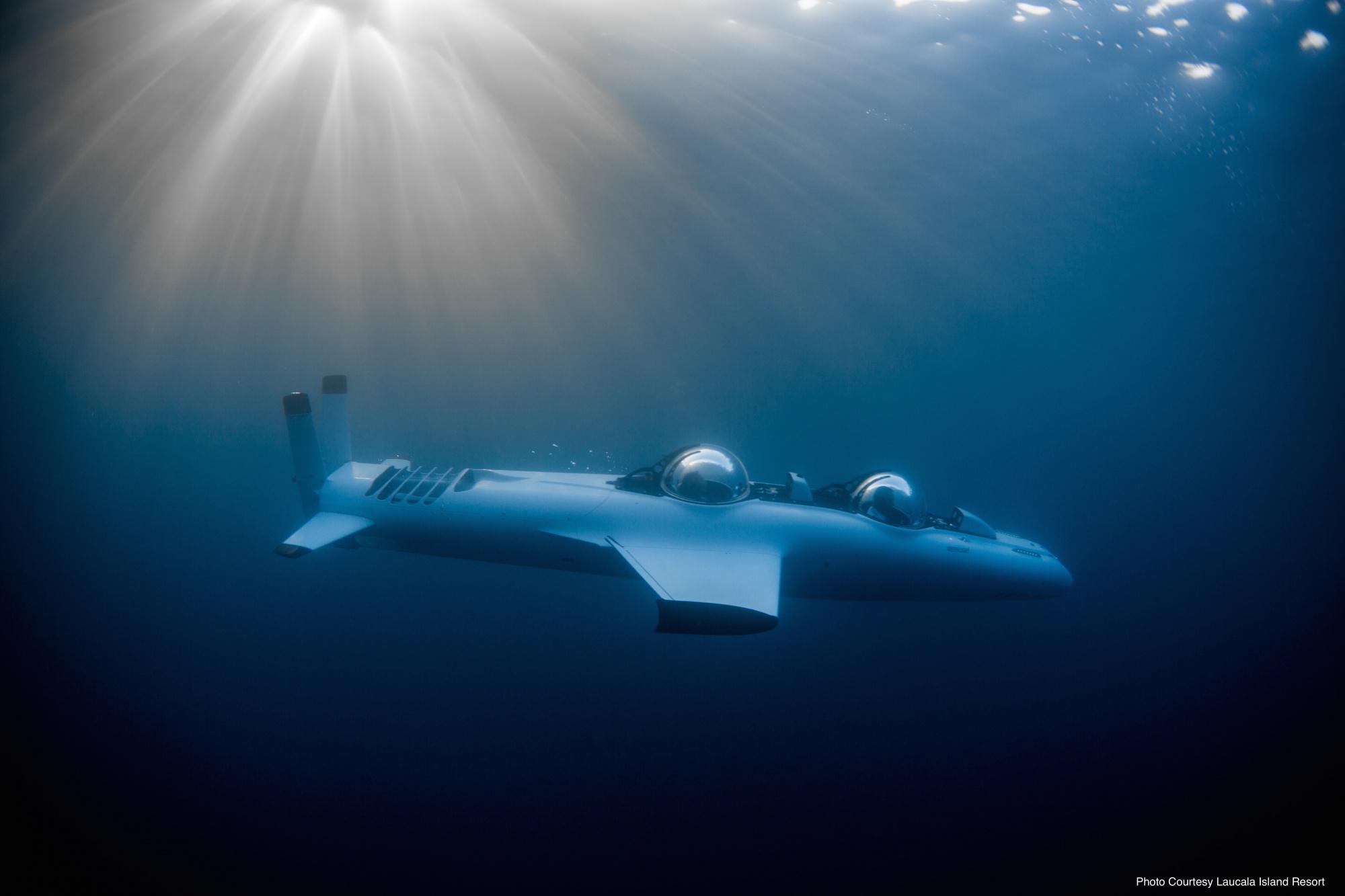 Laucala-Island-DeepFlight-Submarine-15.jpg