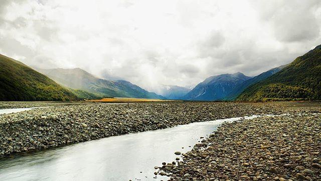 New Zealand Day 17: Arthur's Pass!! 🏔️⛰️ -- #Arthurspass #franzjosef #foxglacier #glacier #glaciercountry #adventure #nature #travelnewzealand #newzealand #nz #chloestraveldiary2017 #picturesque #landscape #landscapephotography #globalexplorer #travel #travelblog #travelgram #travels #travelphotography #igminimal #ignz #igtravel #igphotography #igdaily #igers #igesoftheday #photooftheday #sonya6000 #vsco