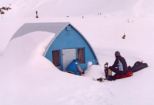 Burton Hut (2004). Photo from the VOC