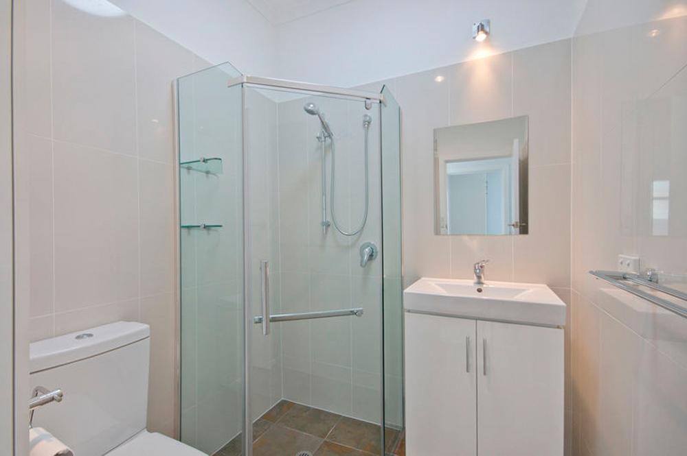 Radic-Plumbing-Bathroom-07.jpg