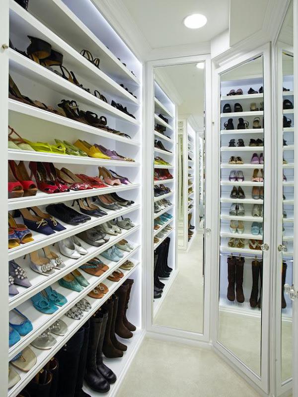 Original_LA-Closet-Design-shoe-wall_s3x4_lg.jpg