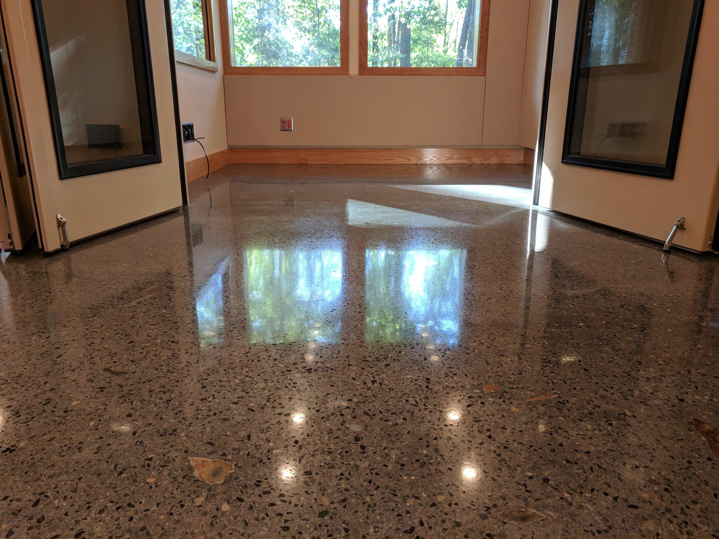 Custom Aggregate Deep Polished Concrete