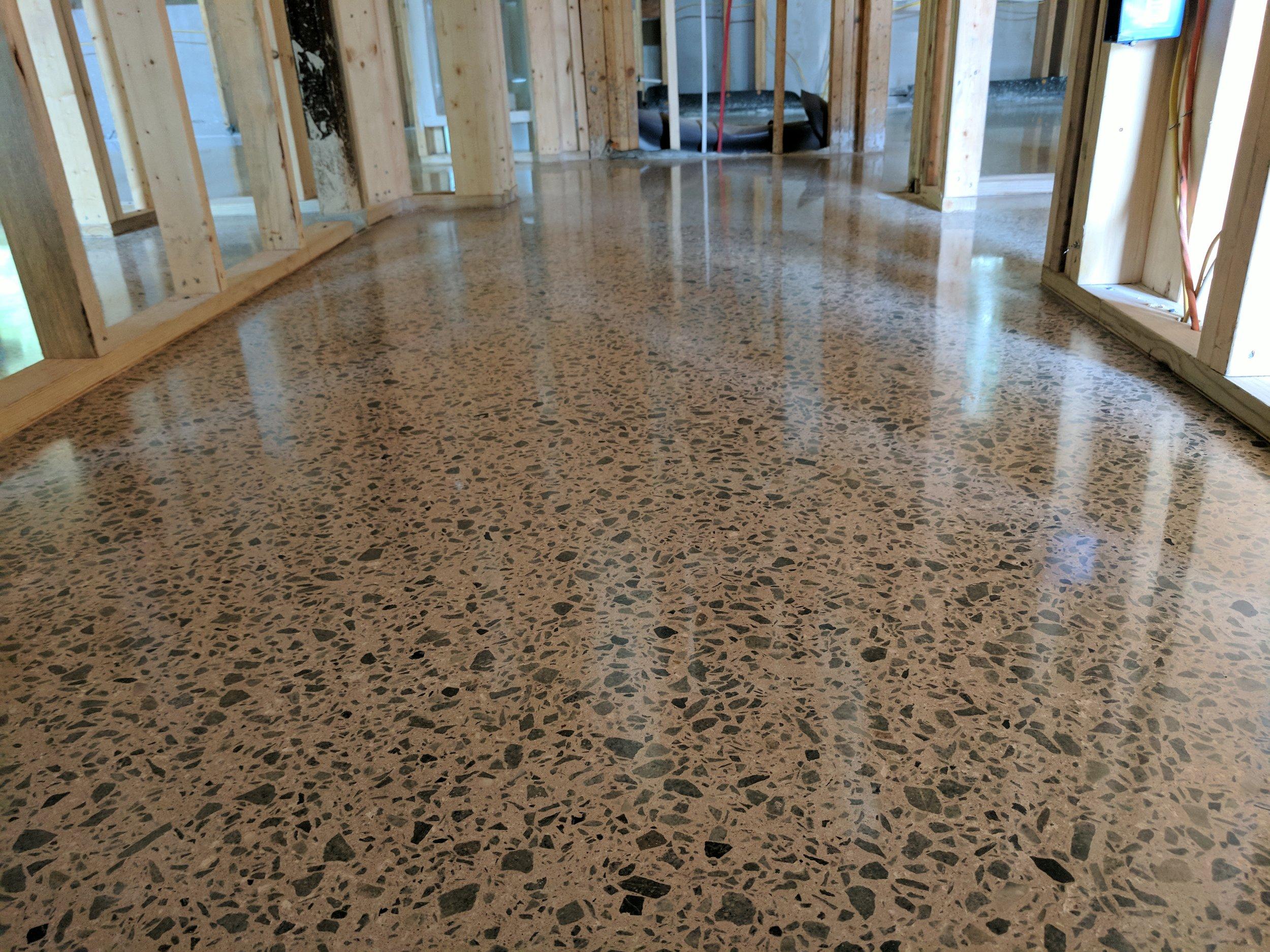 Deep Grind Full Exposure Polished Concrete