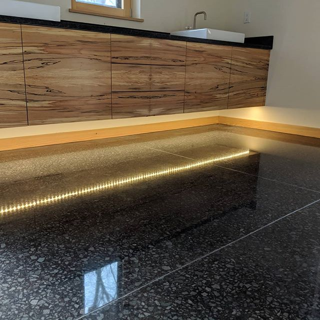 Stain black Full exposure 3000#  #PG680RC #polishedconcrete #PG820RC #concretepolishing #concretefloors #concrete #architecture #northcarolinaconcreteflooring