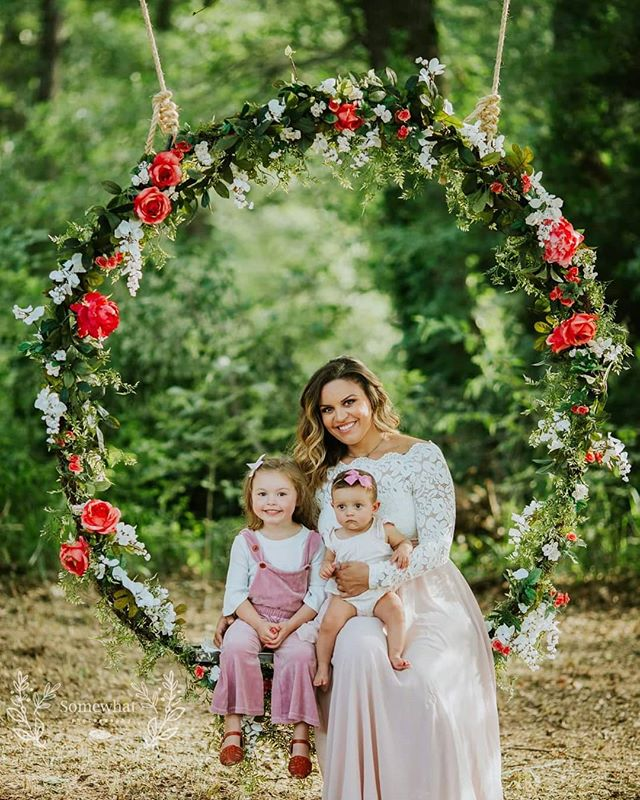 Sneak peek of our mommy and me minis! Loved how they turned out!  P.S who is in LOVE with our new floral swing?? Great for seniors, bridals, maternity and more! . . . . . . . . #somewhatphotography  #mommyandme #dfwphotographer #delightandbe #risingtidecommunity #pinterest #makeportraitsmag #shootandshare #lookslikefilm #tribearchipelago #motherdaughter #floral #floralswing #whimsical