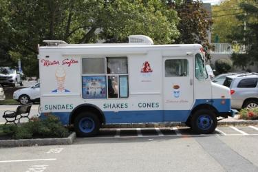 food-truck-1662327_1920.jpg