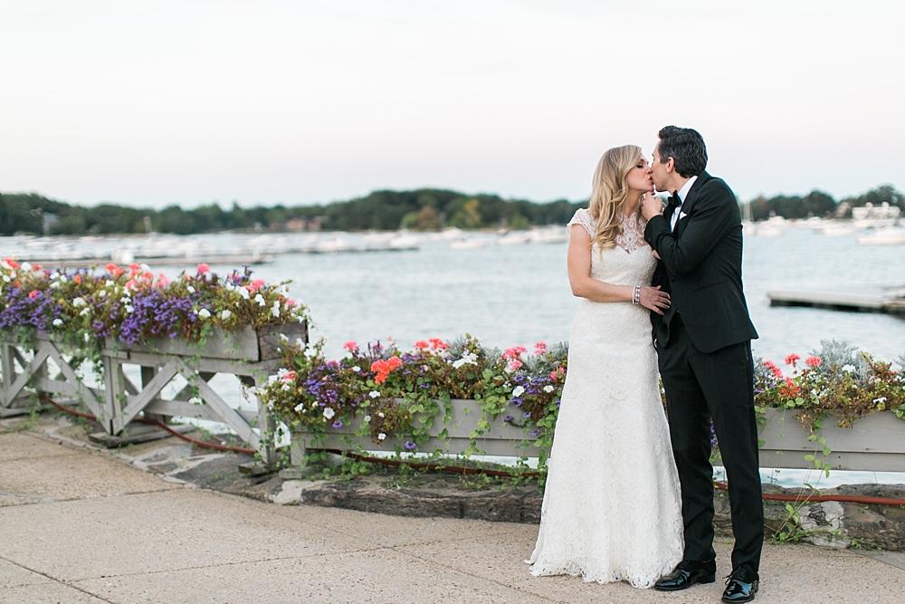 larchmont-yacht-club-wedding_0054.jpg