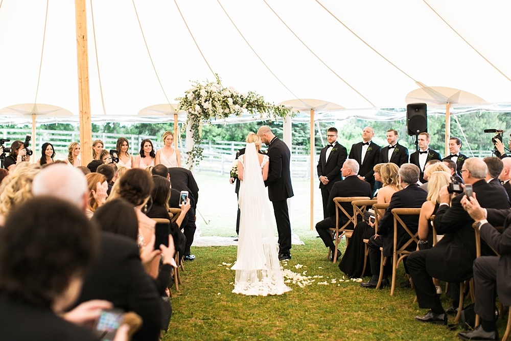 stillwell-stables-wedding-105.jpg