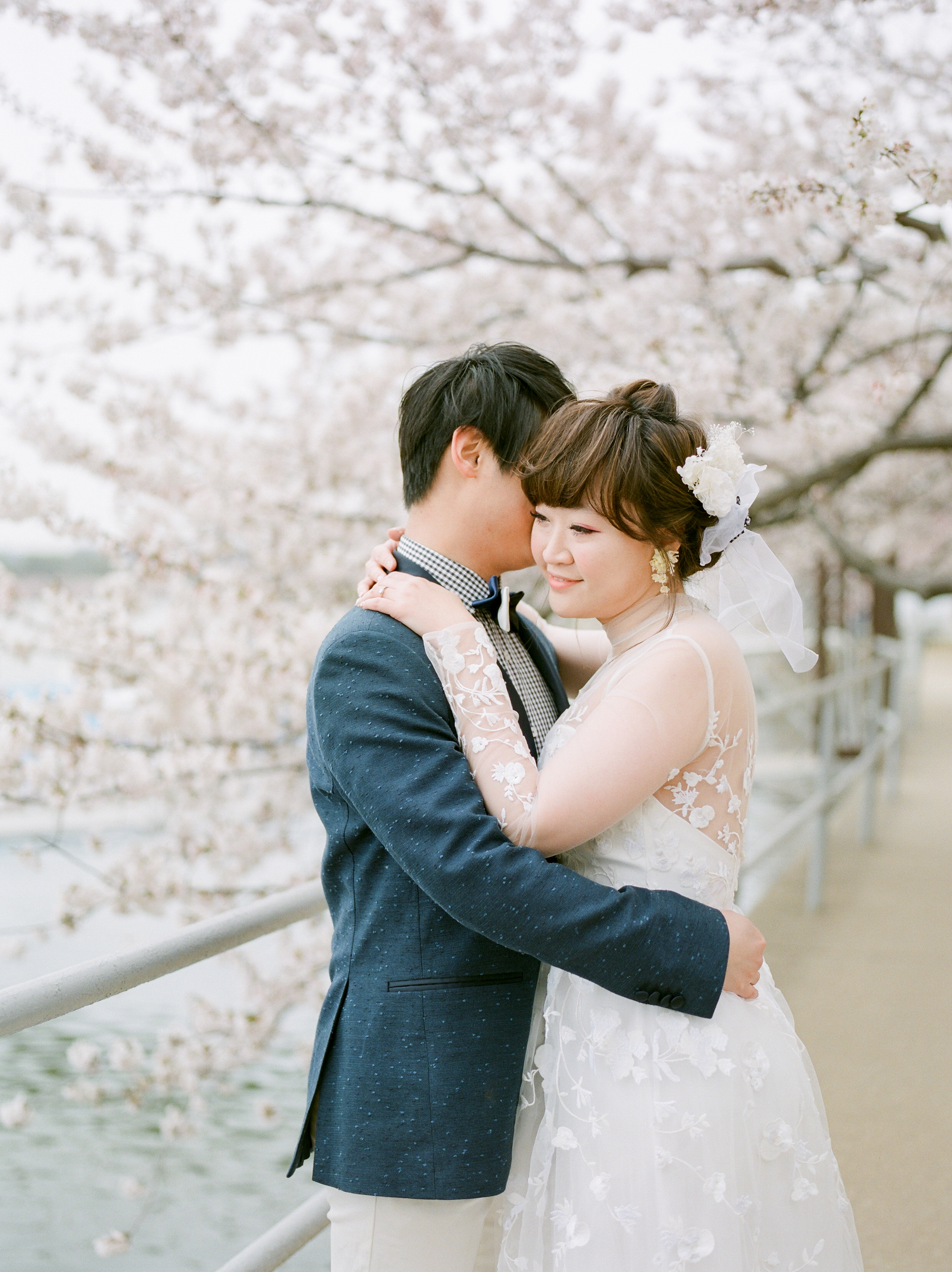 nyc-cherry-blossom-engagement-114.jpg