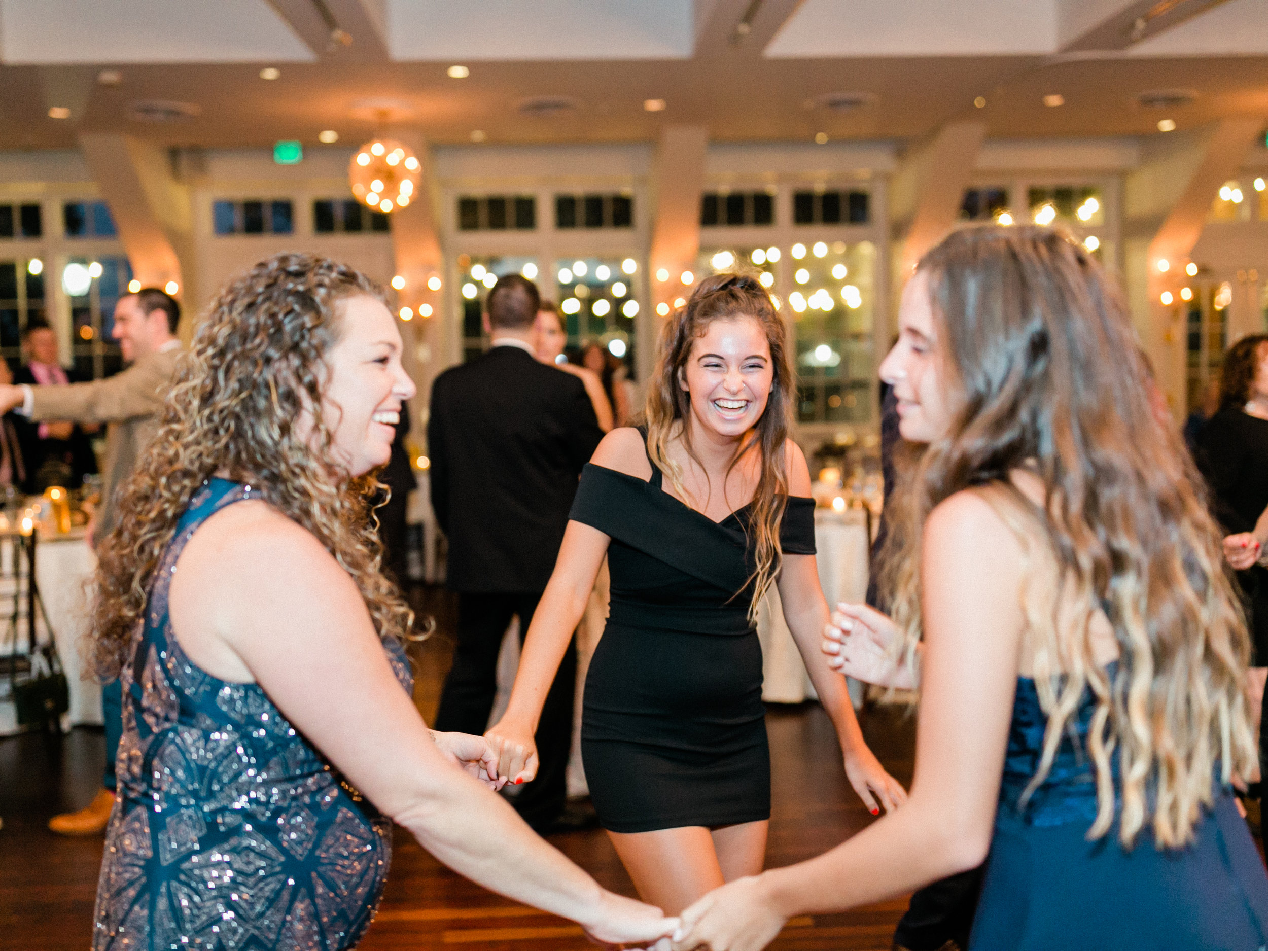 The-Heritage-Club-at-Bethpage-Wedding-photographer60.jpg