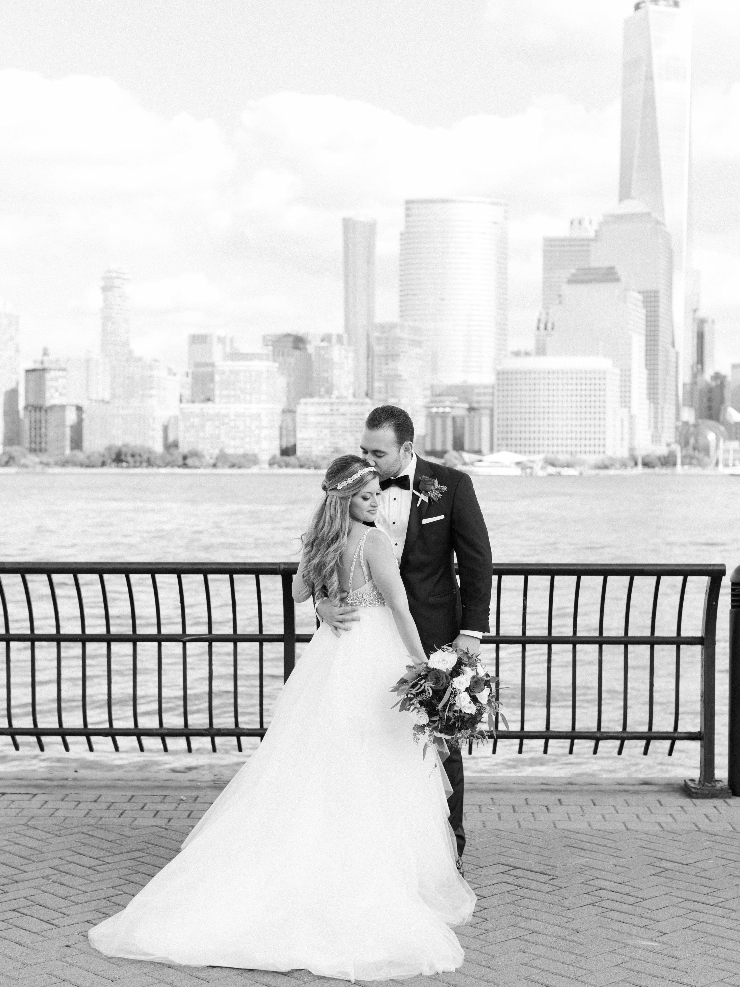 hyatt-regency-jersey-city-wedding-photographer33.jpg