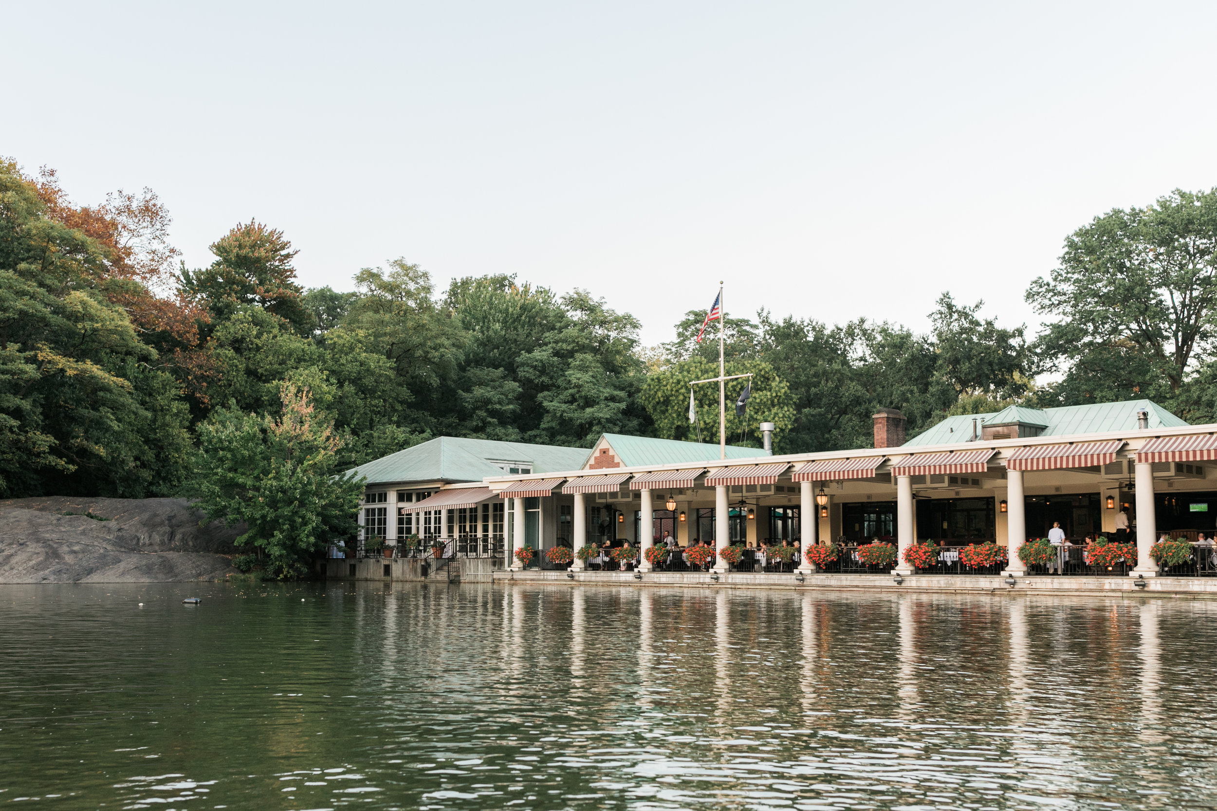 central-park-boathouse-engagement17.jpg