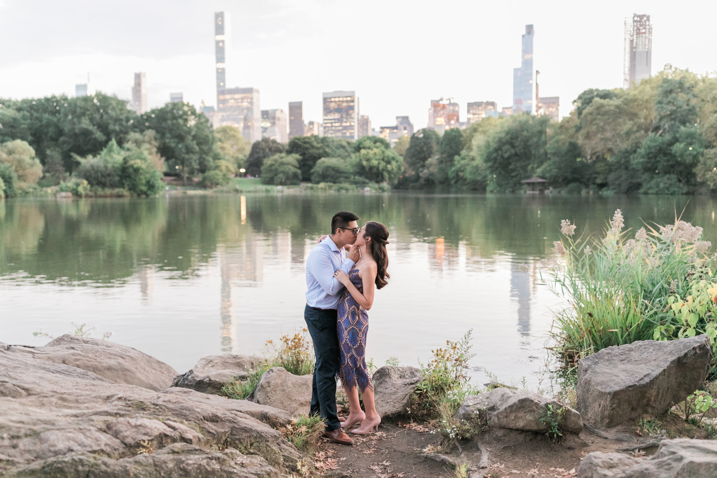 central-park-boathouse-engagement21.jpg