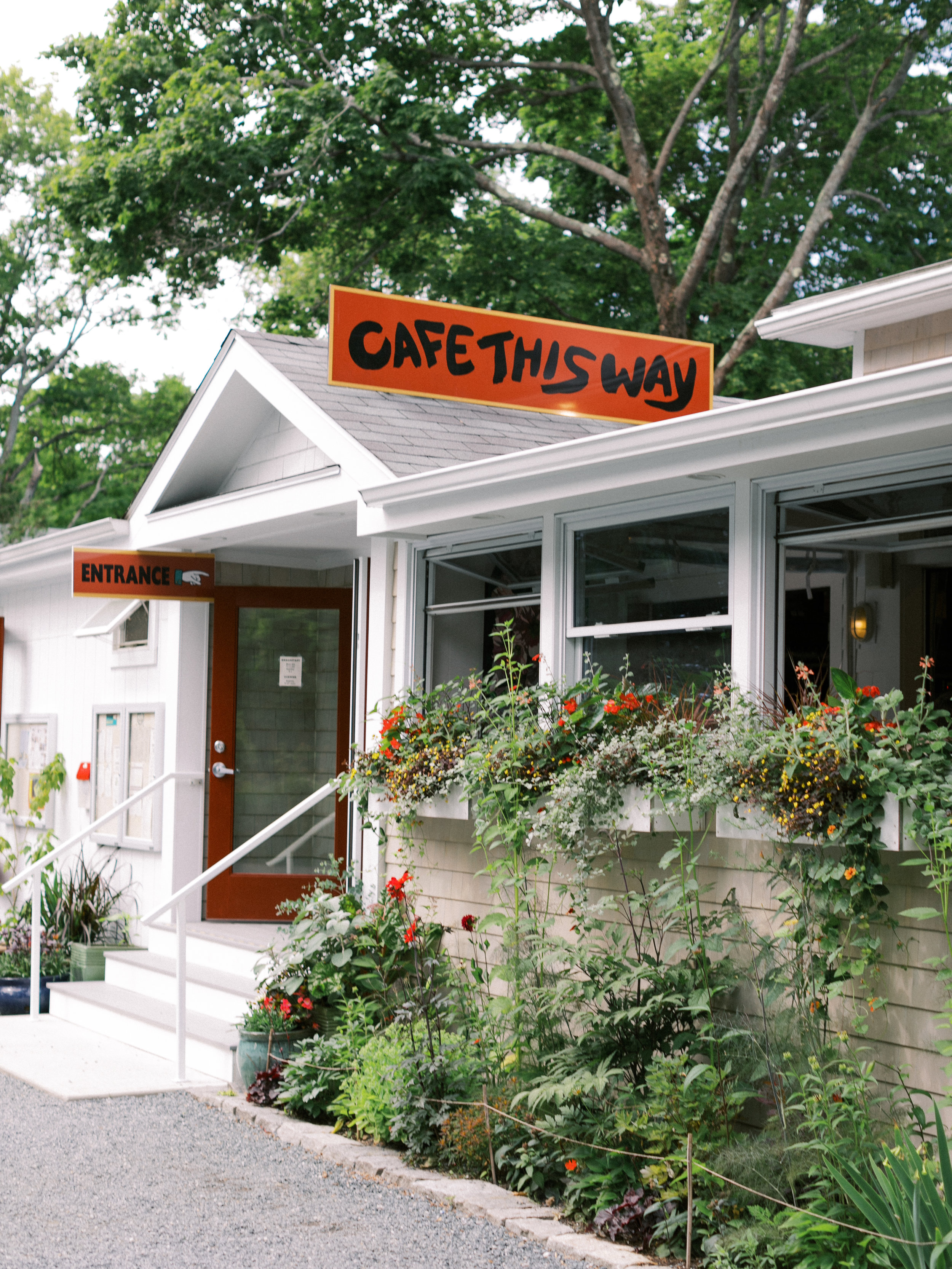 - Café This Way: Make sure not to skip breakfast. This place is off one of the main drags, and some cute painted shoe steps help guide the way down. All you need to know is that I love blueberry pancakes, and they make the best blueberry pancakes I've ever had in my life.