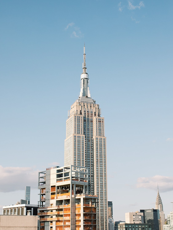 Manhattan Rooftop Engagement_0012.jpg