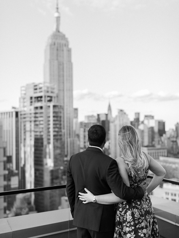 Manhattan Rooftop Engagement_0016.jpg