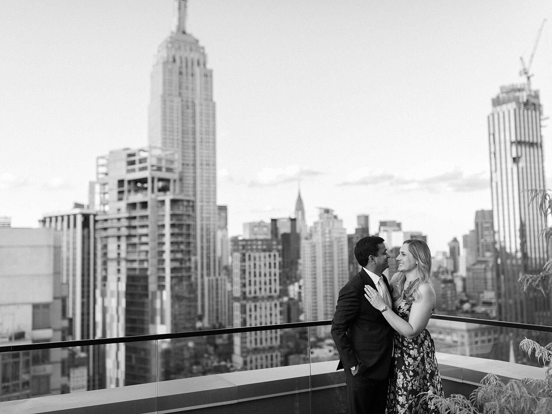 Manhattan Rooftop Engagement_0020.jpg