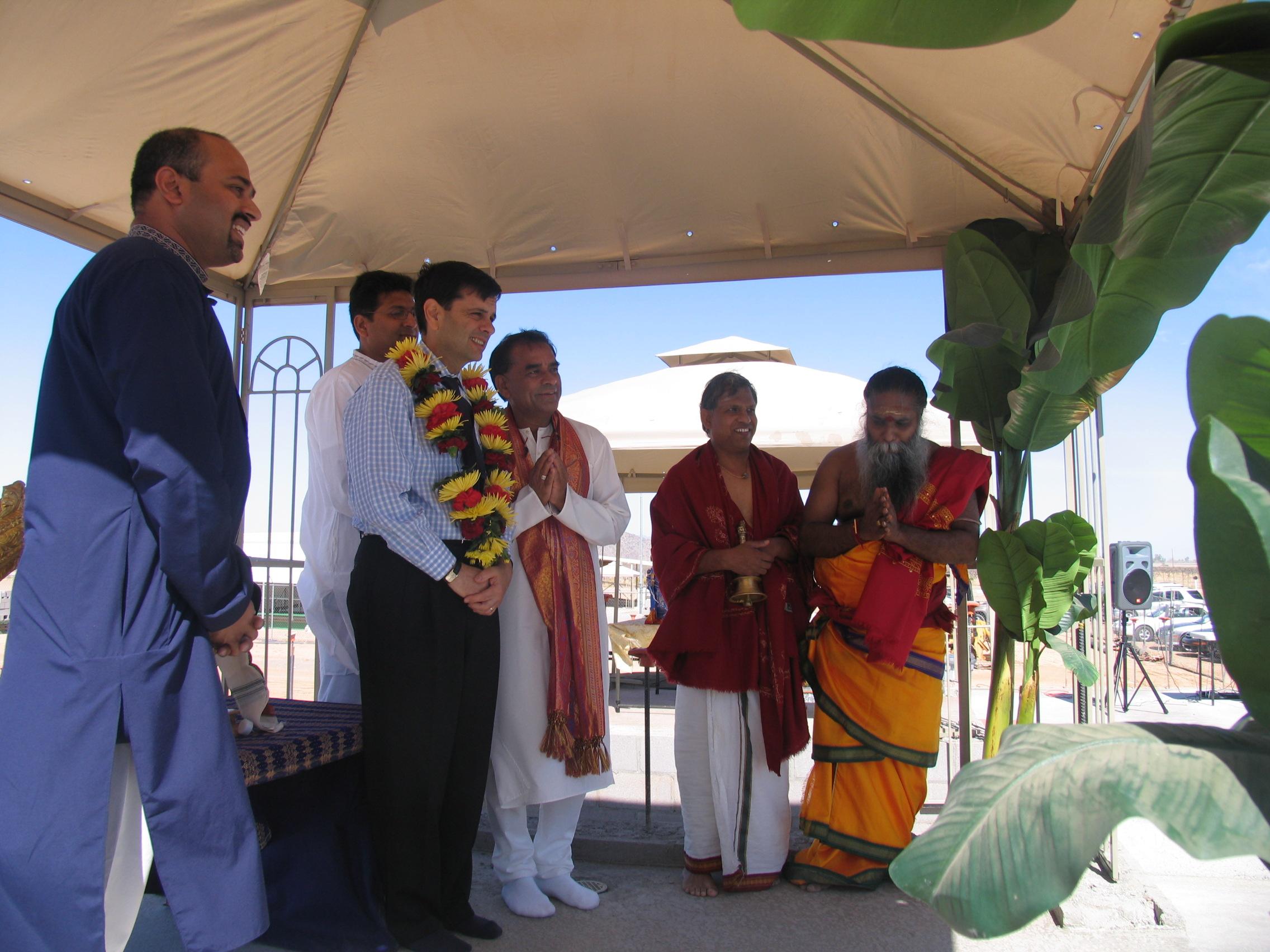 Phil Gordon Attending Bhoomi Puja (2007)