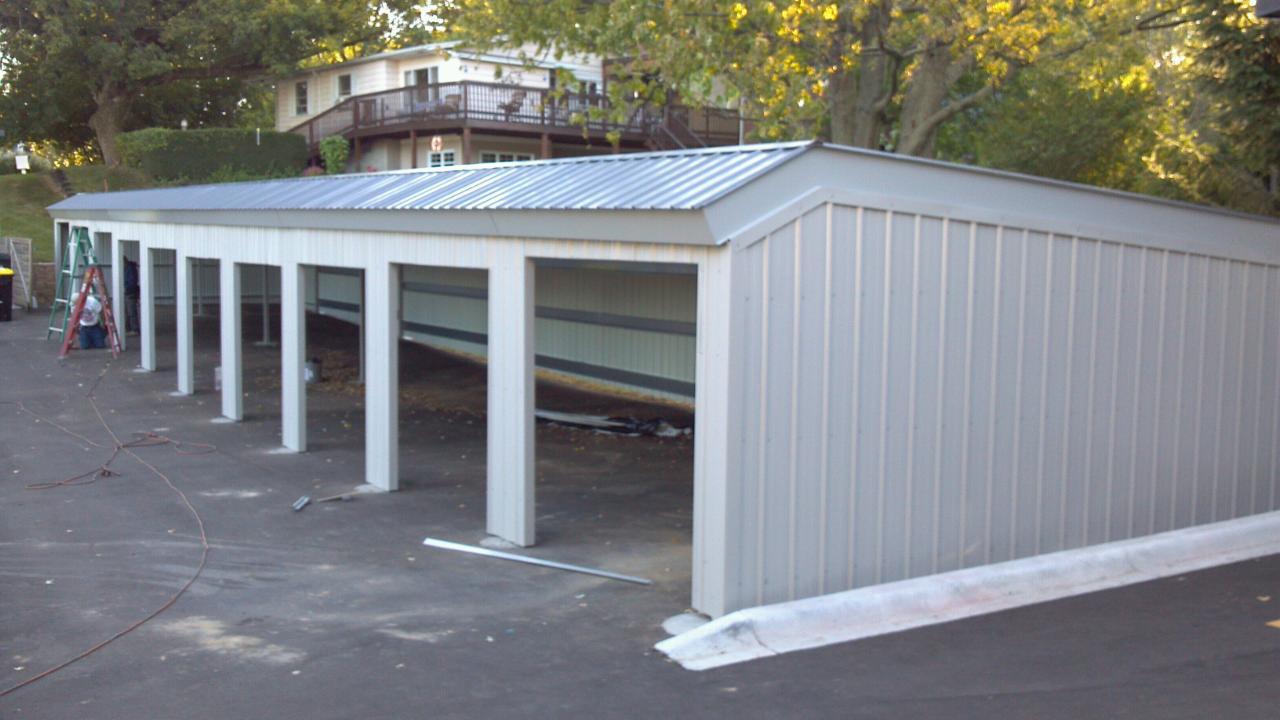 Garage port 3.JPG