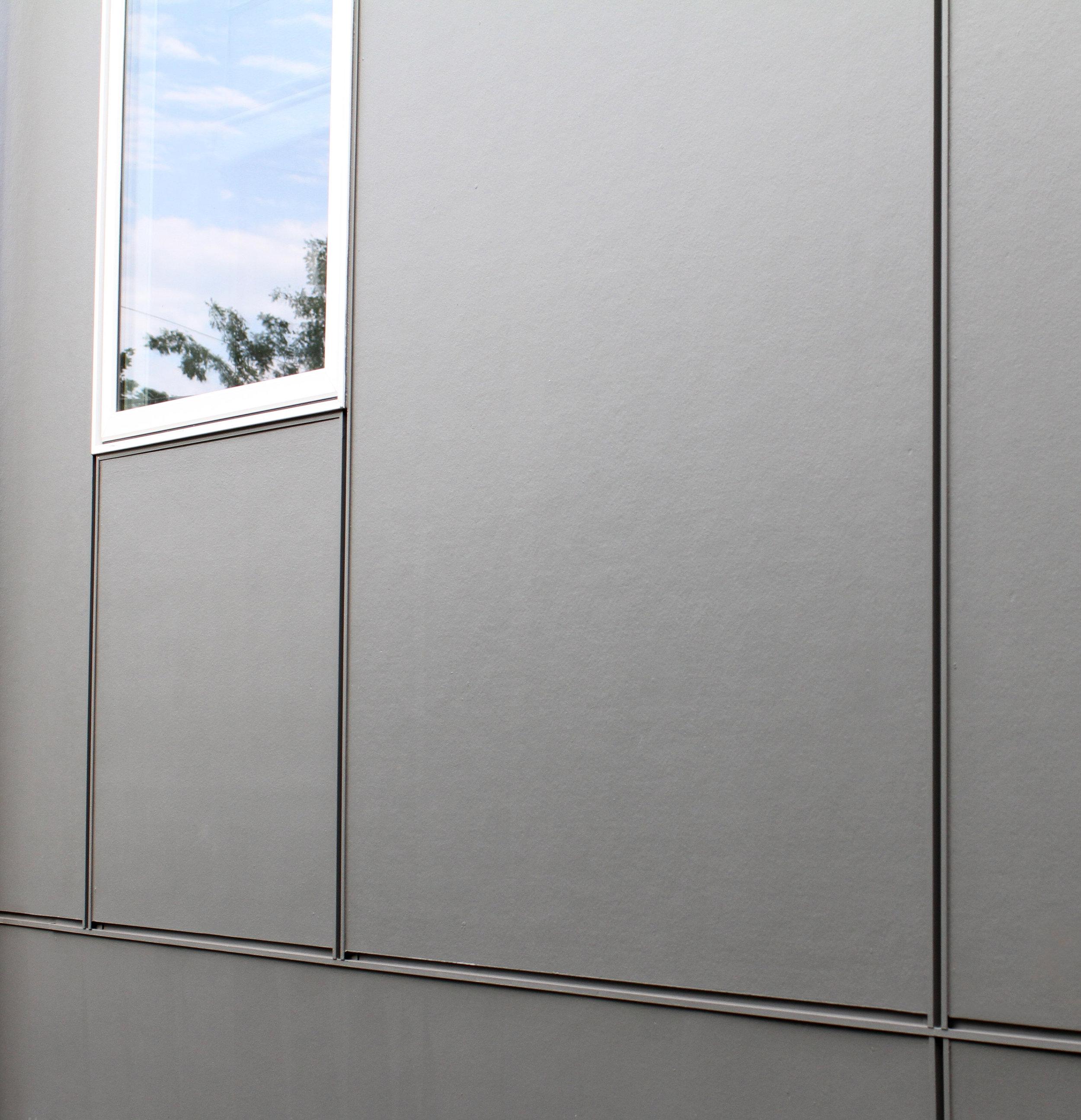 Fiber Cement Panels with Aluminum Joints