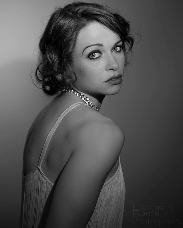 Classic vintage portrait #blackandwhitephotography #blackandwhite #portrait #portraitphotography #vintage #classic #noir #glamour #model #studio #photoshoot #london #nikon #nikonphotography #picoftheday #photooftheday #pictureoftheday #hireme #followme