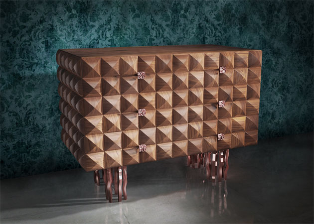 Il-Pezzo-10-Dresser-solid-walnut-rose-bronze-plated-brass-2.jpg
