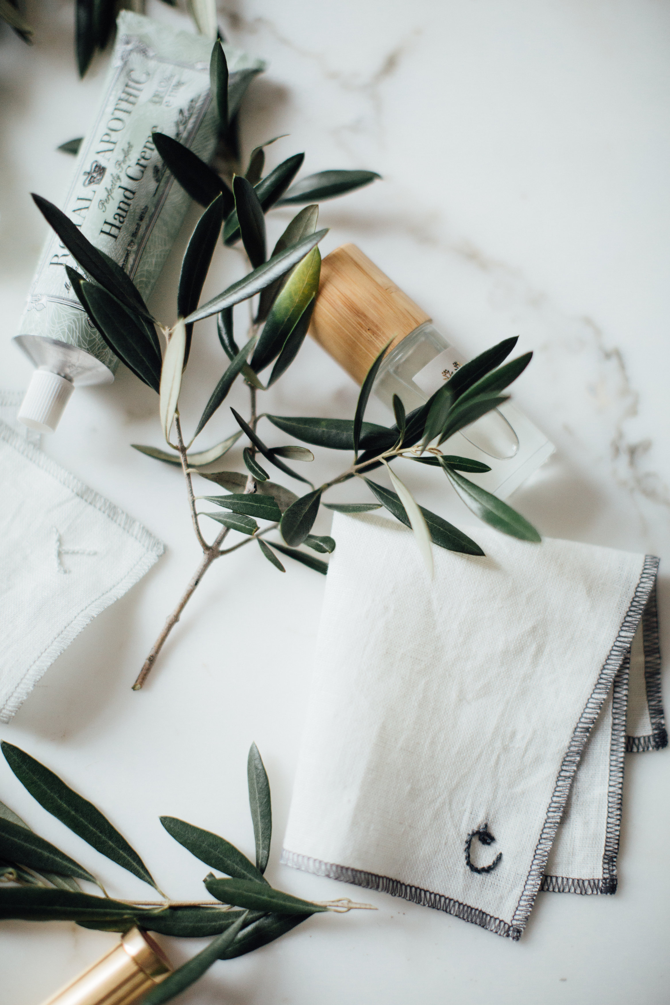 ruffled-boston-custom-handkerchief-bridesmaid-gift-perfect-best-linen-monogram