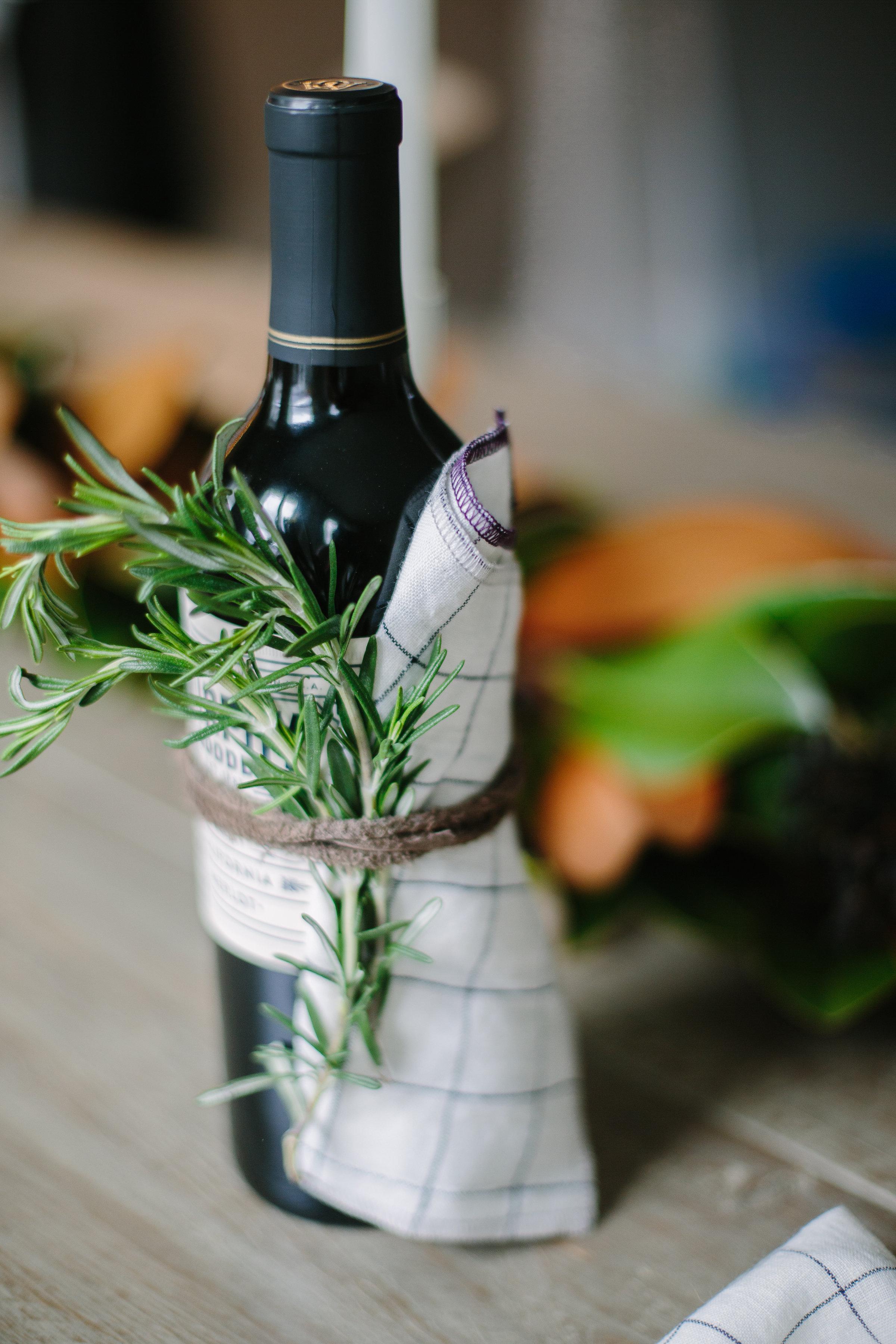 cloth-napkins-the-everyday-co-windowpane-linen-wine-gift-idea-perfect