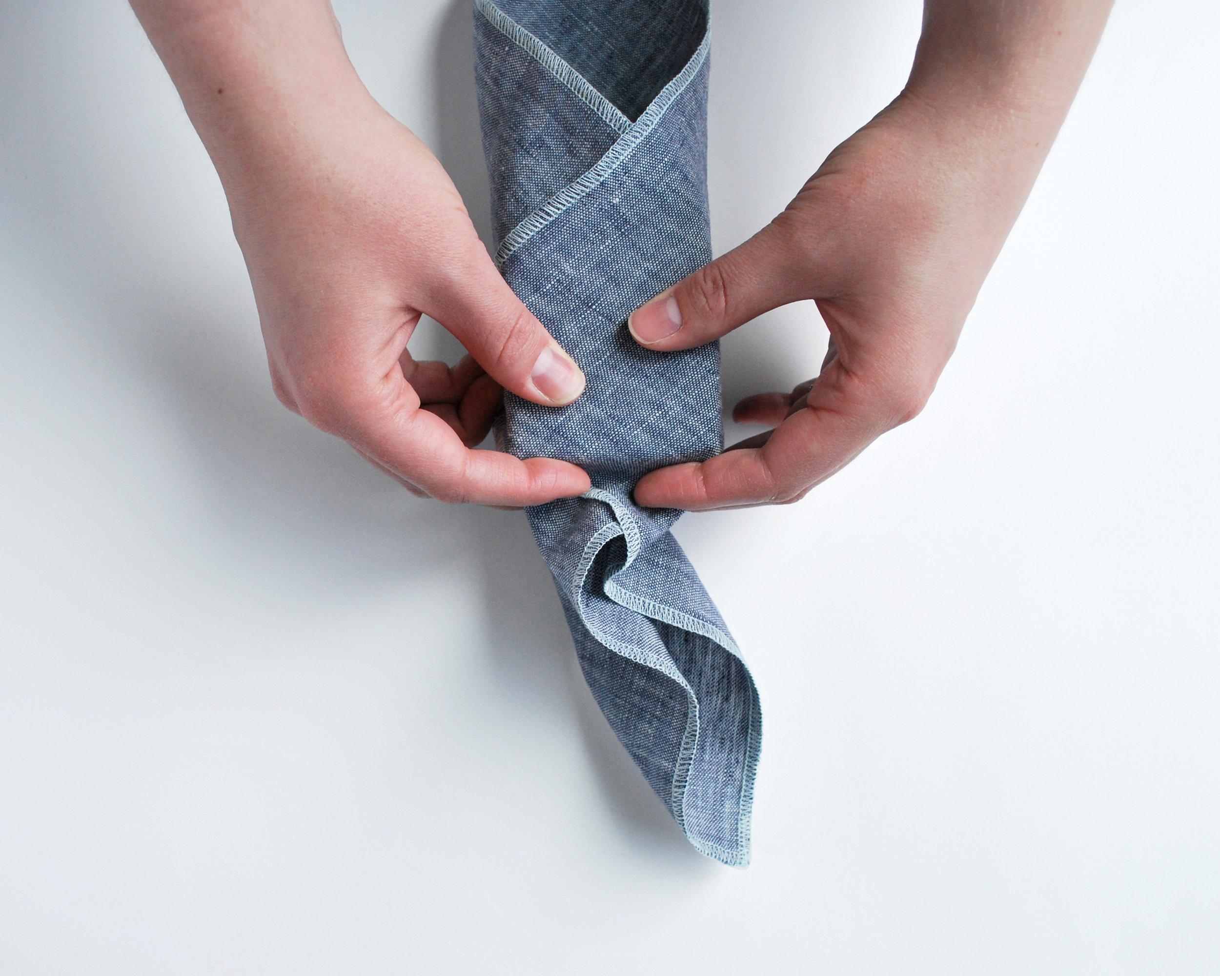 how-to-furoshiki-everyday-dinner-napkin-linen-cloth