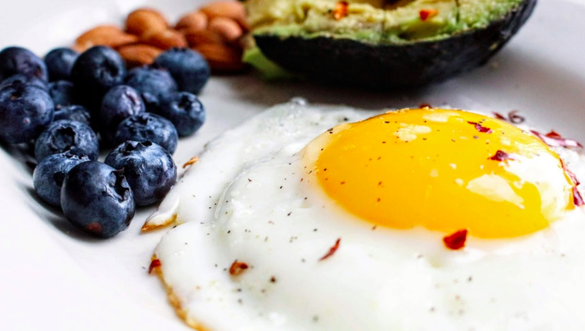 Blueberries Eggs Avocado HIIT