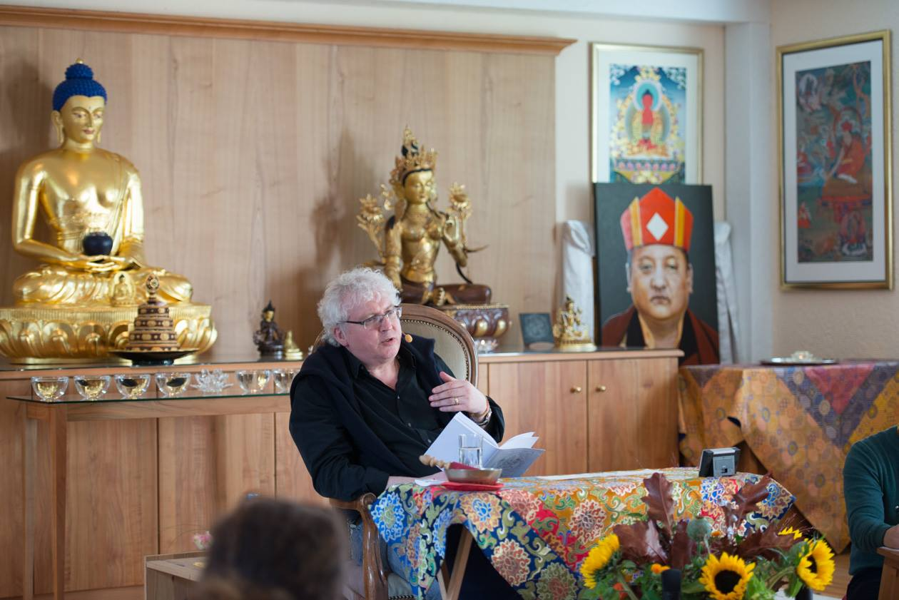 Lama teaching (Shamar and buddha).jpg