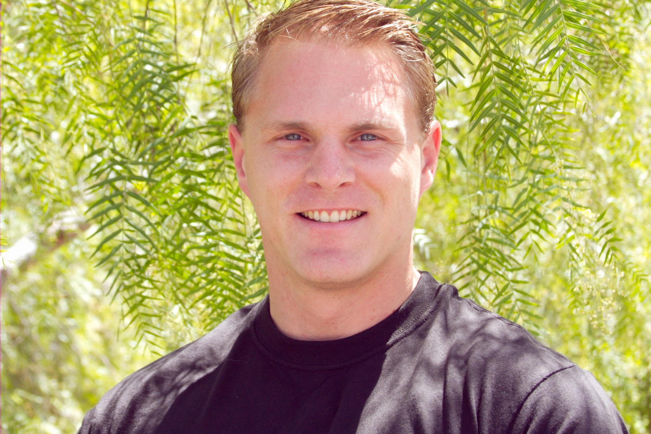 Ryan Smith  Personal Trainer - Read My Bio