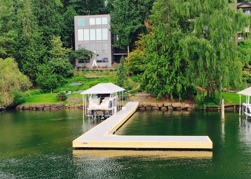 lake construction modern house boat cover