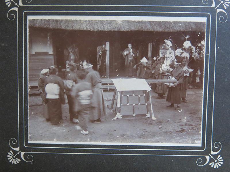 Zenkichi's mother's funeral