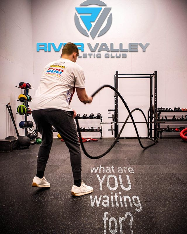 Have you tried out the new functional fitness room yet? #motivationmonday #rivervalleyathleticclub 📷 @johnmaillette