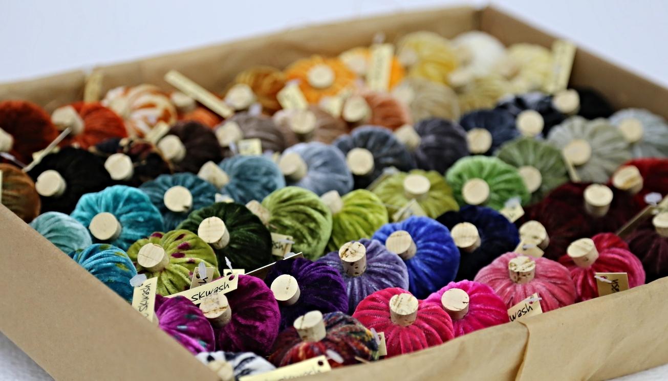 silk velvet sample box