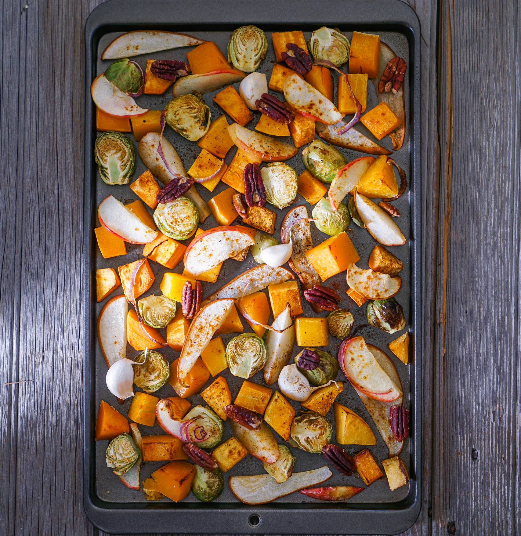 ROASTED VEGGIES ARE EASY!