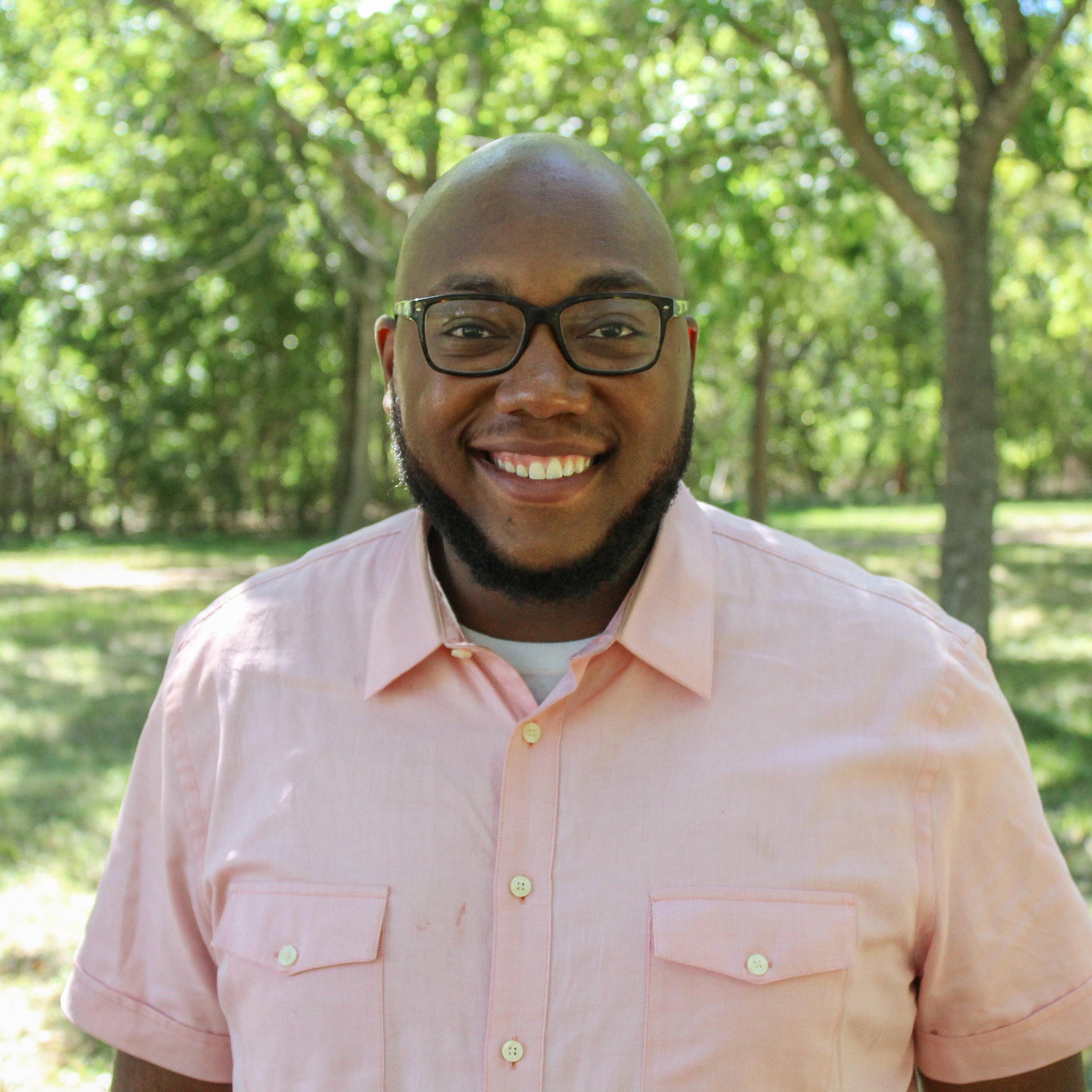 Kenneth Devon   Associate Pastor & Worship Pastor