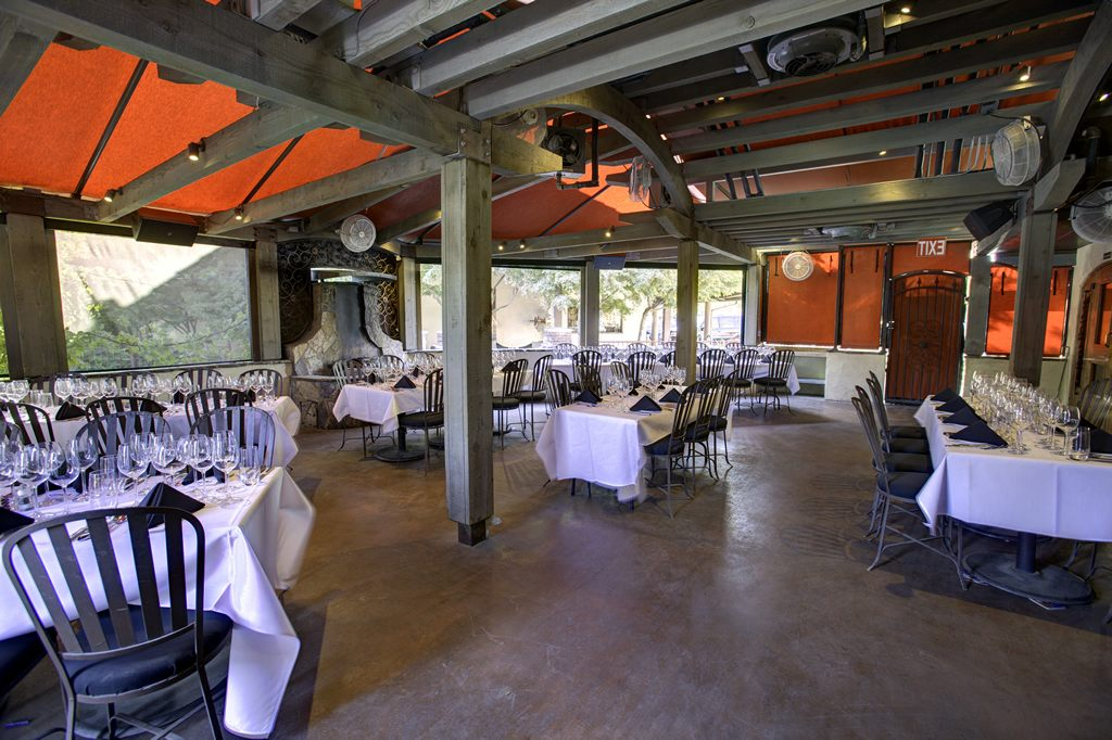 vineyard-patio-room-up-to-80-people-elbow-room-fresno-nice-design-4-1024-x-682.jpg